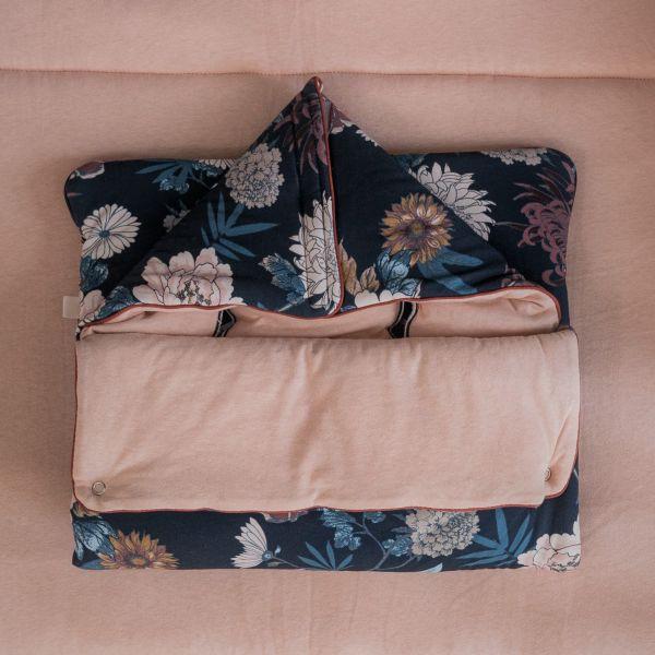 Poppy Sleeping Nest