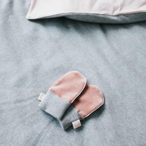 Newborn Mittens / La Croisette