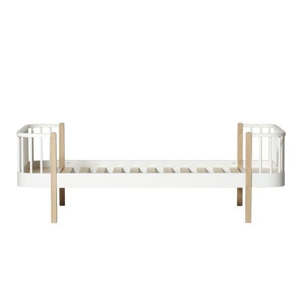 Wood Bed (90 x 200 cm) / Oak