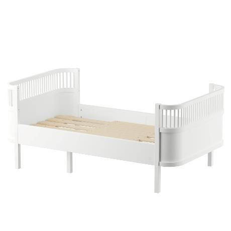 The Sebra Bed / Junior & Grow / Classic White