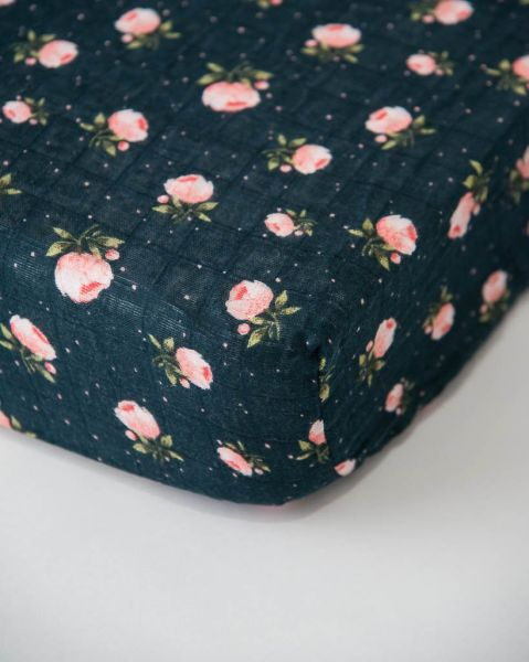 Cotton Crib Sheet / Midnight Rose
